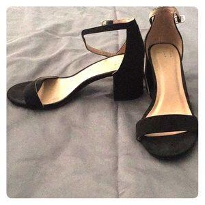 Black blocked heels